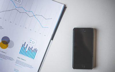 analytics-cellphone-charts-147408